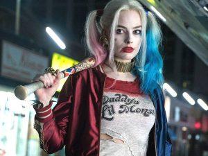 margot robbie la actriz de harley quinn en el personaje de joker